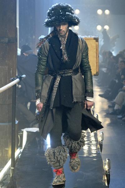 John Galliano2011巴黎秋冬男装周