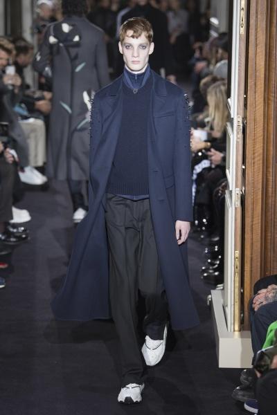 Valentino2018巴黎秋冬男装周
