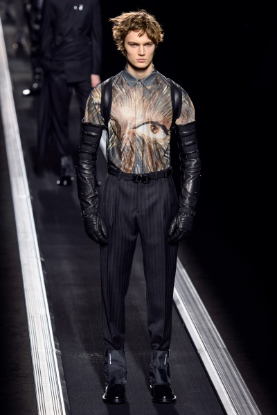 Dior Homme2019大发体育投注周