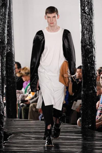 2020年秋冬男裝時裝發布 - 巴黎<br>Loewe