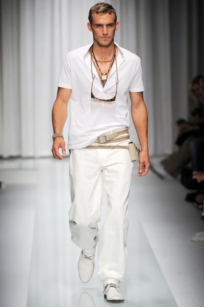 Versace2010春夏男装周