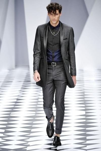 Versace2011春夏男装周