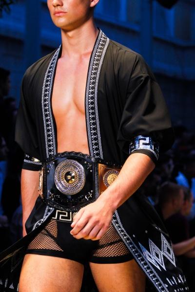 Versace2013春夏男装周