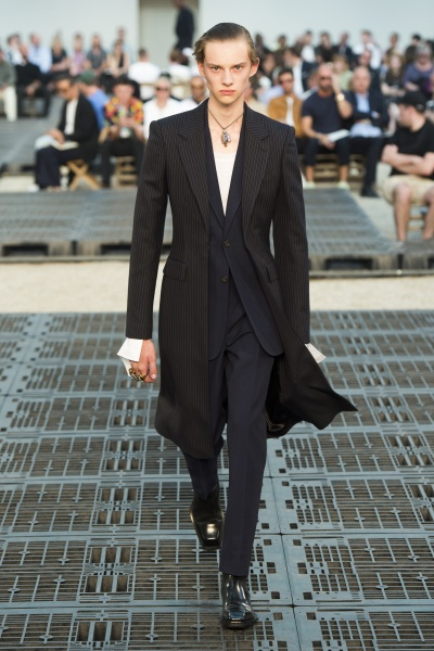 Alexander McQueen2019巴黎春夏男装周