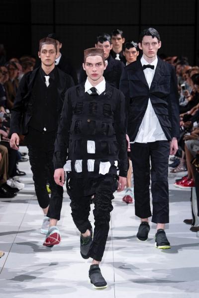 2019年春夏男装时装发布 - 巴黎<br>Comme Des Garcons Homme Plus