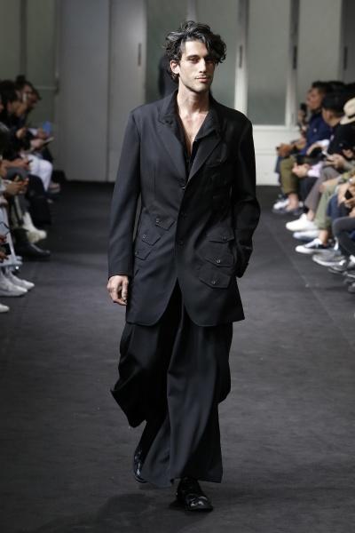 Yohji Yamamoto2019巴黎春夏男装周